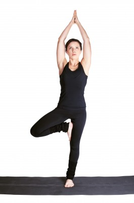 postura-del-arbol-yoga