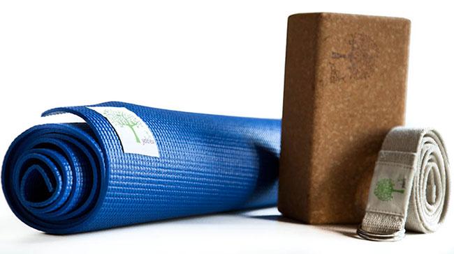 yoga utensilios