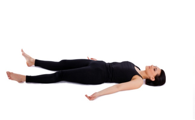 practicar yoga nidra