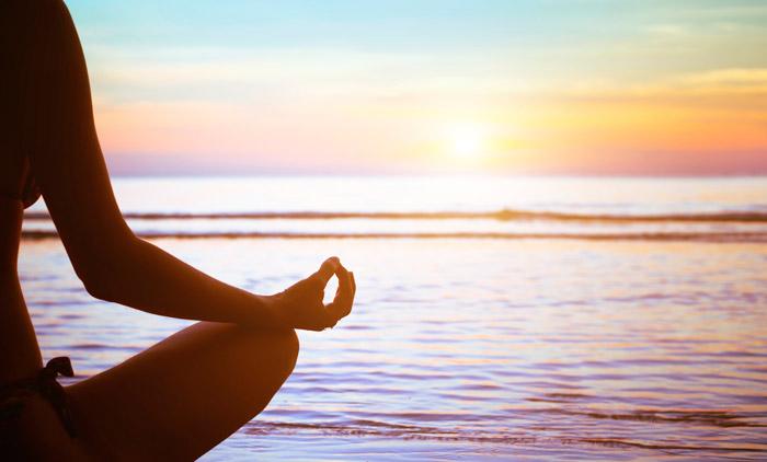 Disfruta-el-verano-haciendo-Yoga