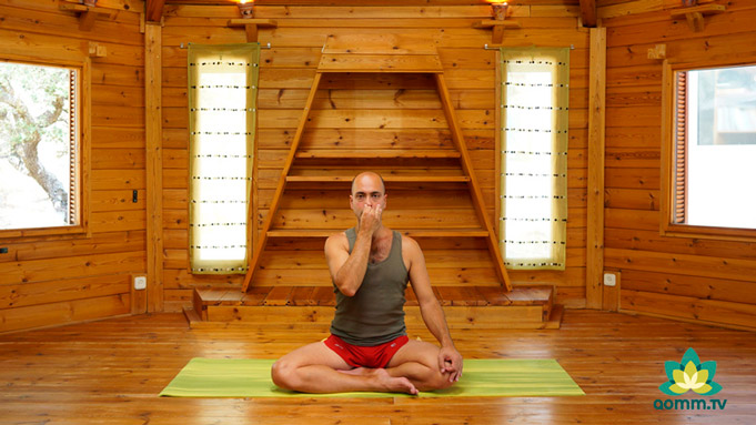 kundalini-yoga-pranayama-aomm