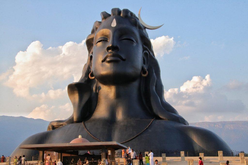 Meus 5 Melhores Centros de Yoga na Índia 1